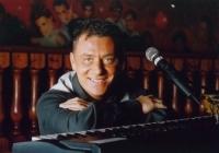 Pianist Zanger Paolo Bertelli